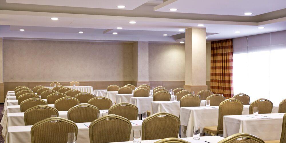 Brac meeting room - classroom setup