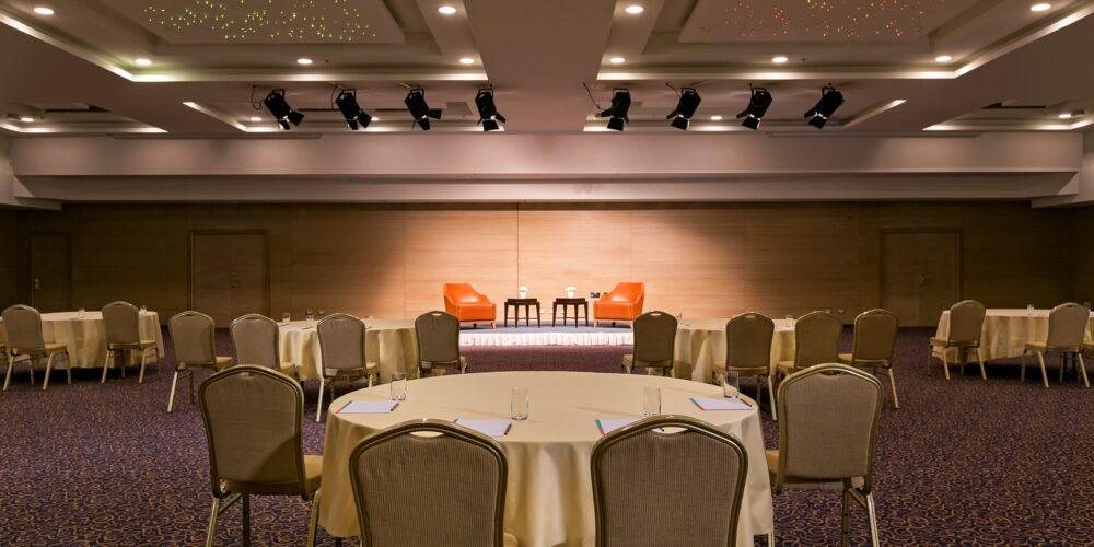 Grand Dalmatia - cabaret setup